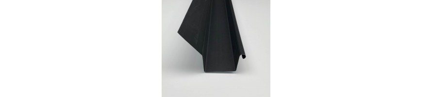 Vierkante goot in zink 8/12/8 zwart met slab